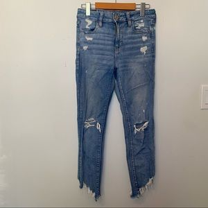 AE Hugh Rise Distressed Skinny Jeans - Short